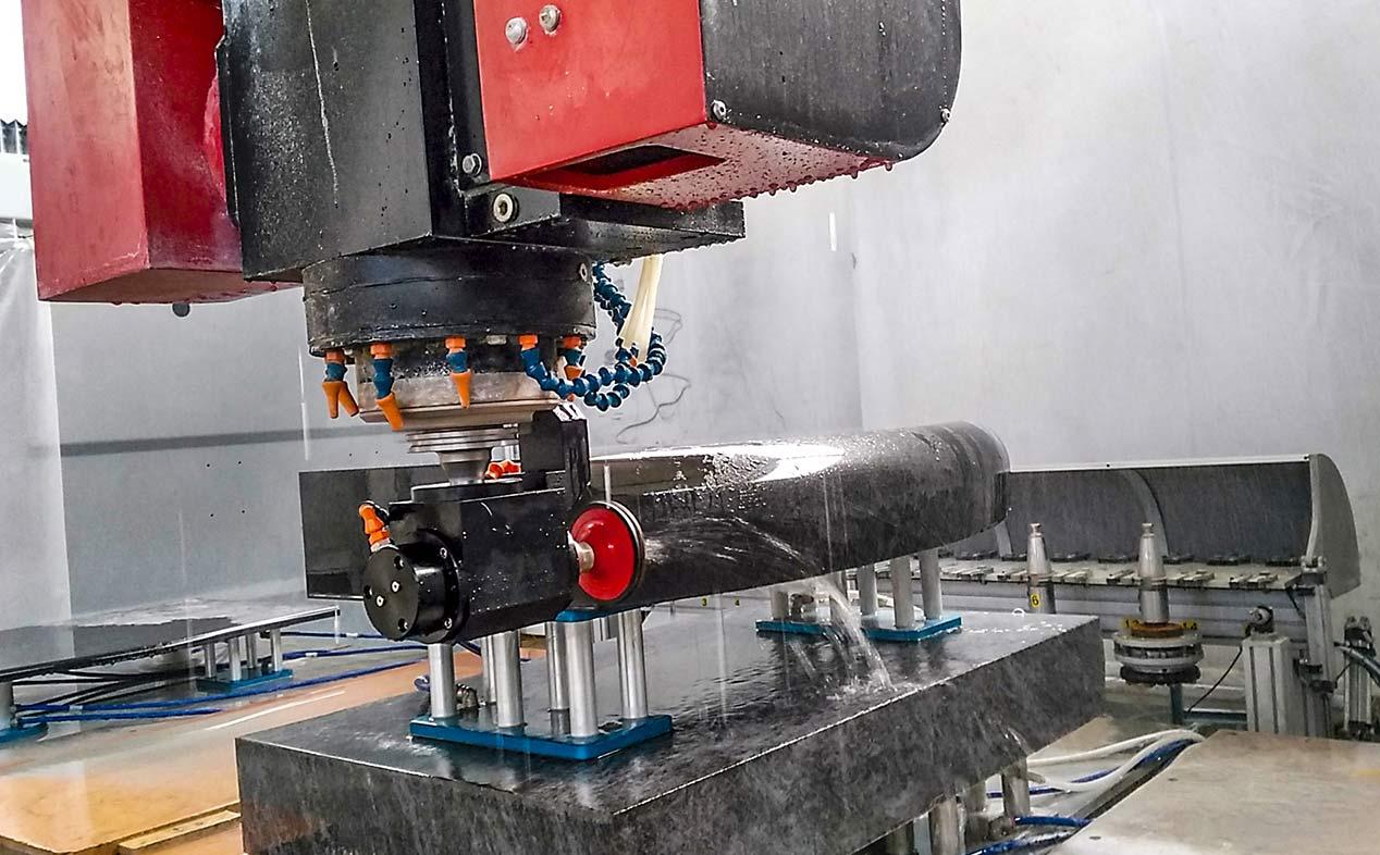 Blade 5 Milling machine